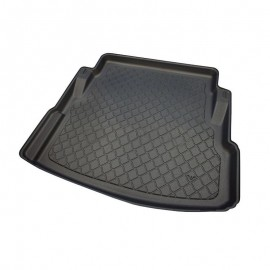 Гумена стелка за багажник за Jaguar XE Sedan (2015+) with a mini spare tyre